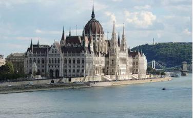 Az Ország Háza